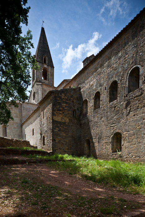 Exterior, Abbaye de Thoronet, Le Thoronet (Var)  Photo by PJ McKey
