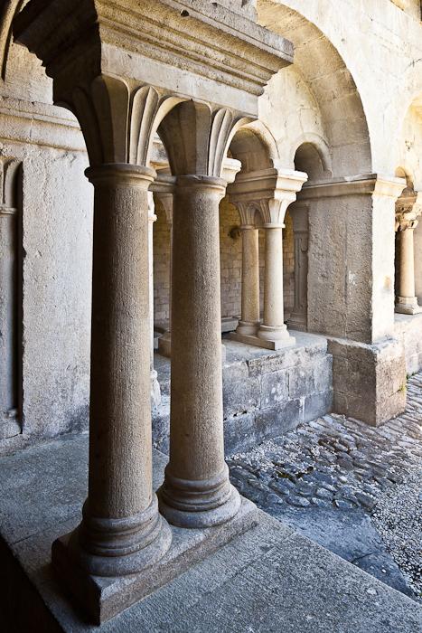 Cloister columns, Cathédrale Notre Dame de Nazareth, Vaison-la-Romaine (Vaucluse) Photo by PJ McKey
