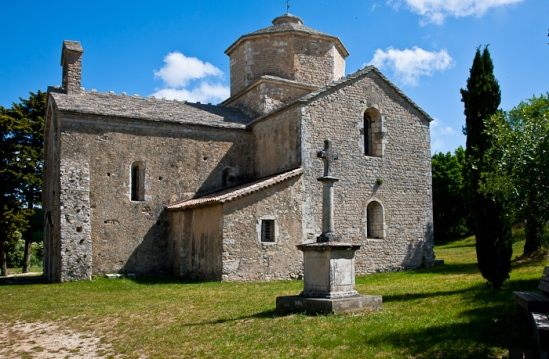 Exterior, Église Saint Pierre de Larnas (Ardèche) Photo by Dennis Aubrey