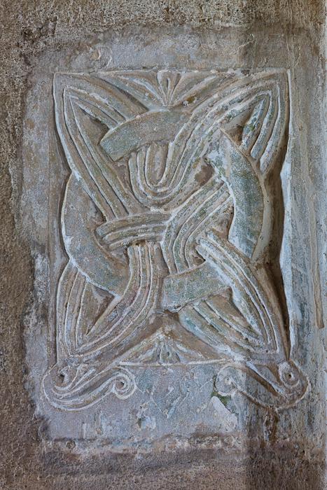 Carolingian entrelac, Église Saint Pierre de Larnas (Ardèche) Photo by Dennis Aubrey