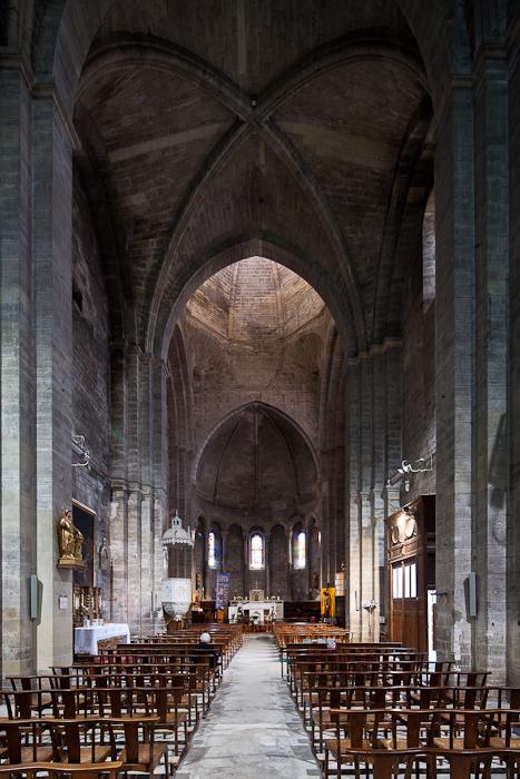Nave, Église Notre Dame du Lac, Le Thor (Vaucluse)  Photo by Dennis Aubrey