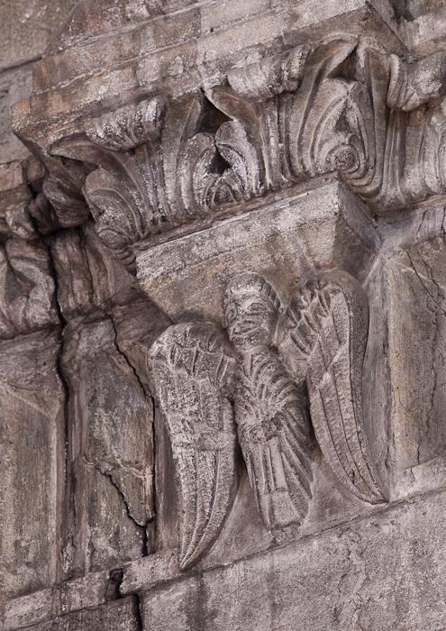 Angel cornice decoration, Église Notre Dame du Lac, Le Thor (Vaucluse)  Photo by Dennis Aubrey