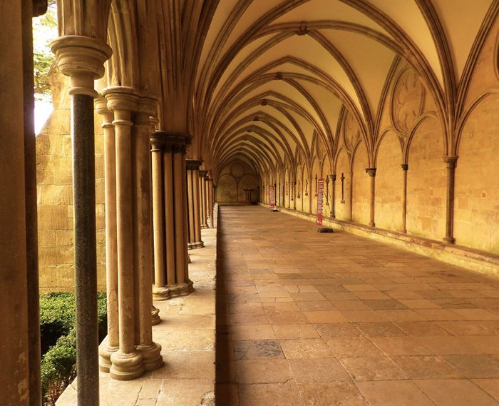 Cloister, Cathedral of the Blessed Virgin Mary, Salisbury (Photo by Nathan Mizrachi