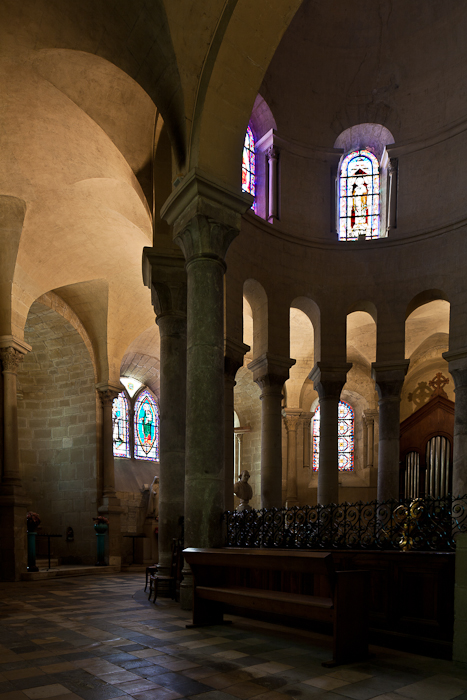Ambulatory, Cathédrale Saint-Apollinaire, Valence (Drôme) Photo by PJ McKey