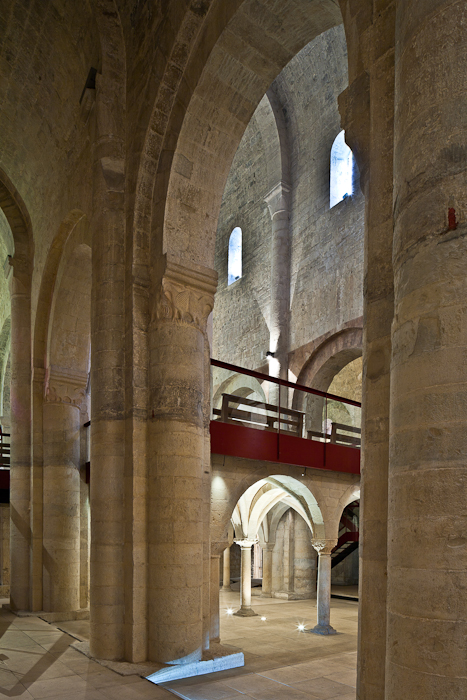 Tribune from side aisle, Abbaye Sainte Marie de Cruas, Cruas (Ardèche) Photo by PJ McKey