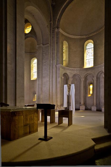 Apse, Église Saint Andéol, Bourg-Saint-Andéol (Ardèche) Photo by PJ McKey