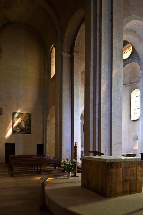 North transept, Église Saint Andéol, Bourg-Saint-Andéol (Ardèche) Photo by PJ McKey