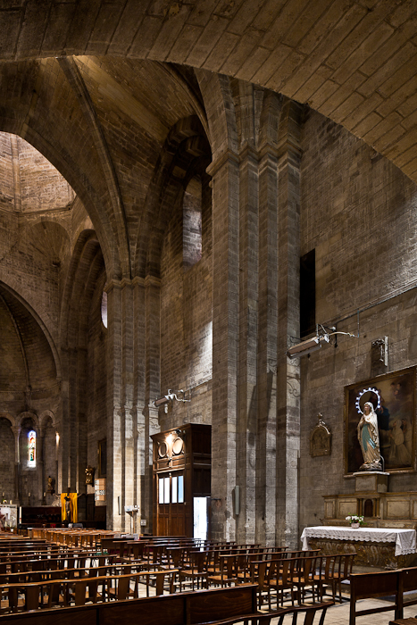 Nave elevation, Église Notre Dame du Lac, Le Thor (Vaucluse) Photo by PJ McKey