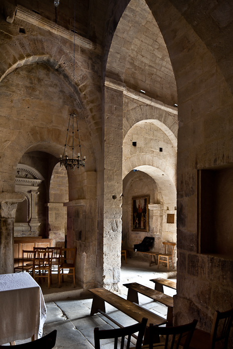 Reverse angle from altar, Église Saint Pantaléon, Saint Pantaléon (Vaucluse)  Photo by PJ McKey
