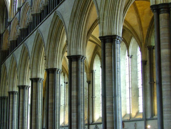 Nave columns, Cathedral of the Blessed Virgin Mary, Salisbury (Photo by Nathan Mizrachi