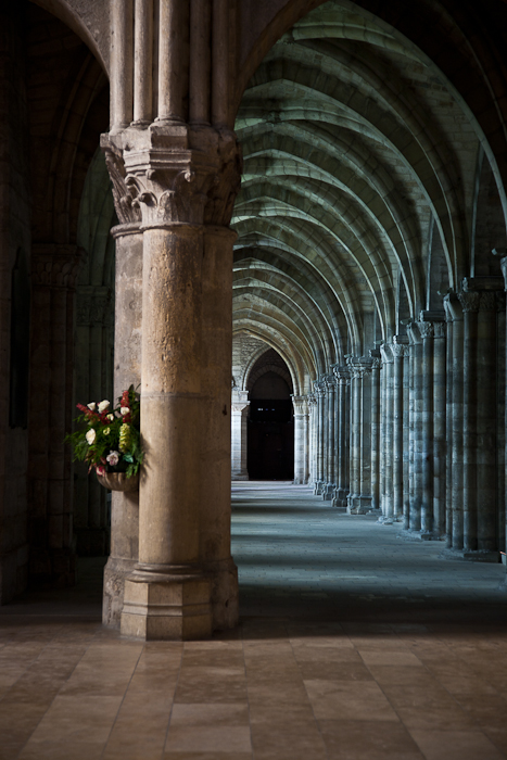 Side aisle, Basilique Saint Remi, Reims (Marne)  Photo by PJ McKey