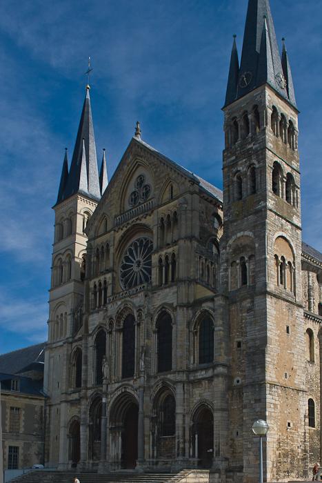 West façade, Basilique Saint Remi, Reims (Marne) Photo by Dennis Aubrey