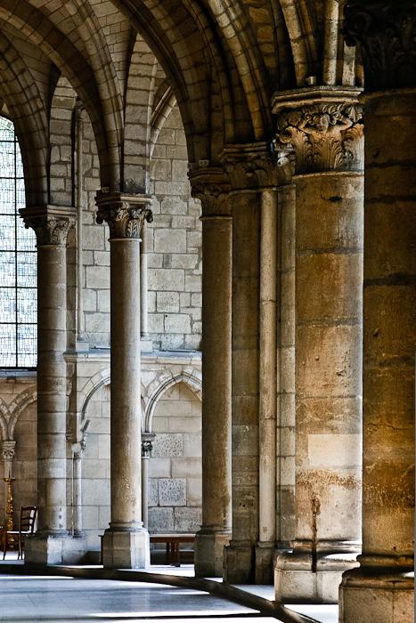 Ambulatory, Basilique Saint Remi, Reims (Marne)  Photo by PJ McKey