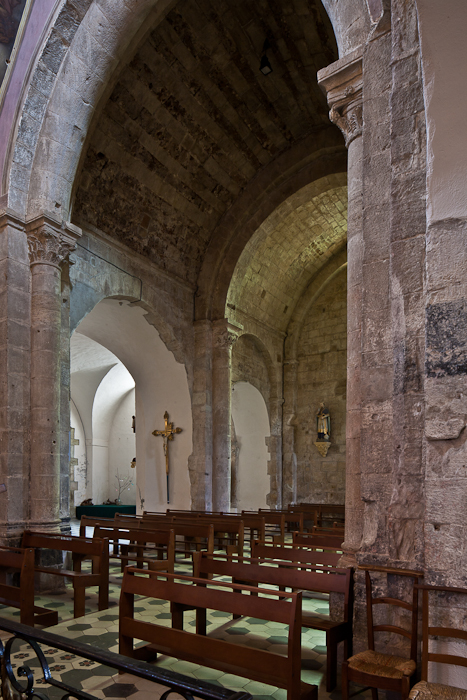 Nave to side aisles,  Église Notre Dame, Vinezac (Ardèche) Photo by PJ McKey