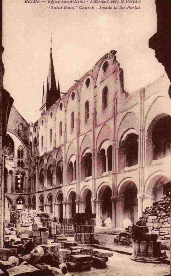 Basilique Saint Remi (1918).  Source:  Bibliothèque nationale de France