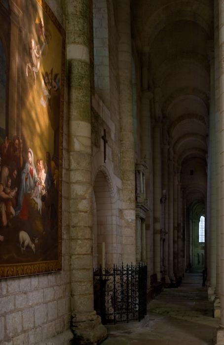North side aisle, Église Abbatiale Saint-Jouin-de-Marnes, Jouin-de-Marnes (Deux-Sèvres)  Photo by Dennis Aubrey