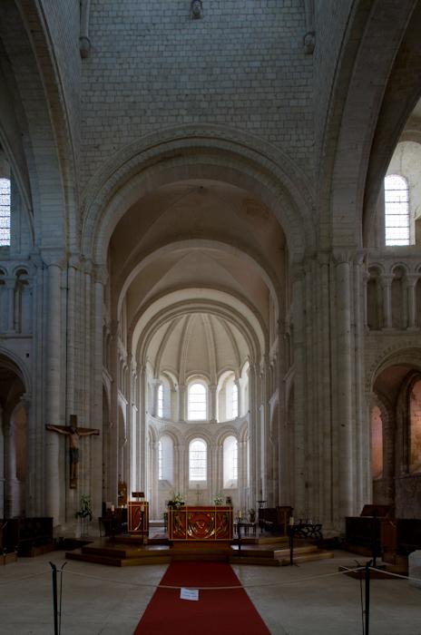 Apse, Abbaye de Bénédictins Saint-Georges, Saint-Martin-de-Boscherville (Seine-Maritime)  Photo by Dennis Aubrey