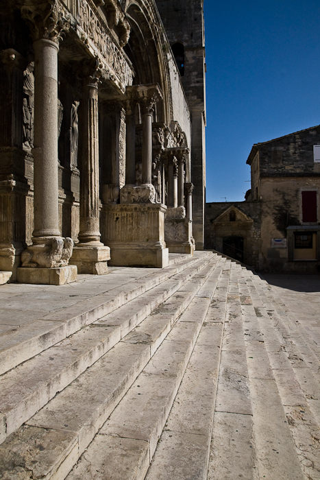 Portal stairs, Abbaye de Saint-Gilles, Saint-Gilles-du-Gard (Bouches-du-Rhône) Photo by PJ McKey