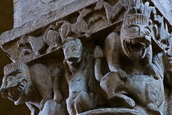 Beast capital, Église Saint-Pierre d'Airvault, Airvault (Deux-Sèvres) Photo by PJ McKey