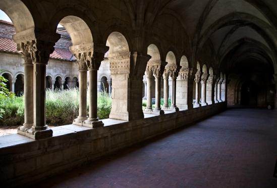 Cloister gallery, Cathédrale Sainte-Eulalie-et-Sainte-Julie d'Elne, Elne (Pyrénées-Orientales) Photo by PJ McKey