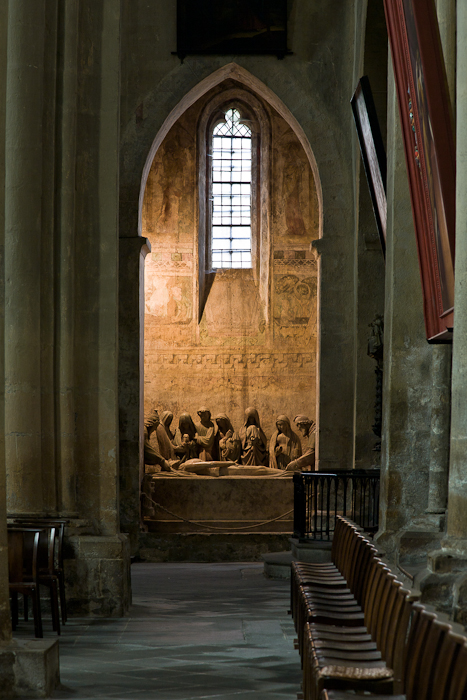 Mise en tombeau in side chapel, Collégiale Saint-Cerneuf, Billom (Puy-de-Dôme) Photo by PJ McKey