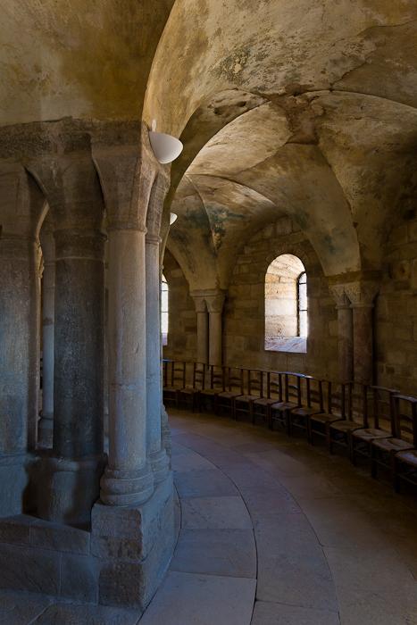 Ambulatory, Église Notre-Dame-de-la-Nativité, Bois-Sainte-Marie (Saône-et-Loire)  Photo by PJ McKey