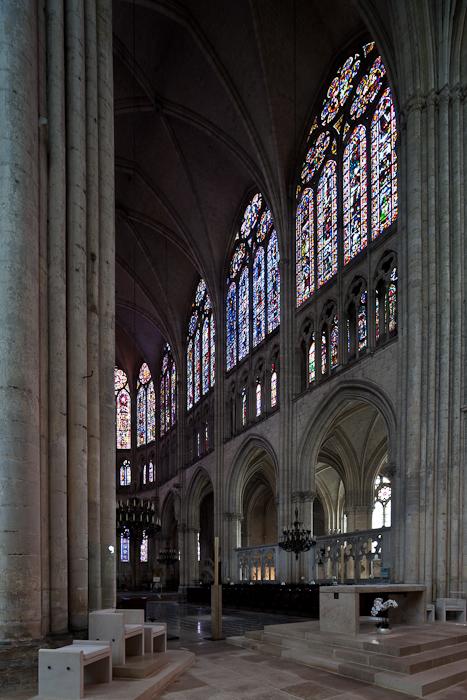 Choir, Cathédrale Saint Pierre et Saint Paul, Troyes (Aube)  Photo by Dennis Aubrey