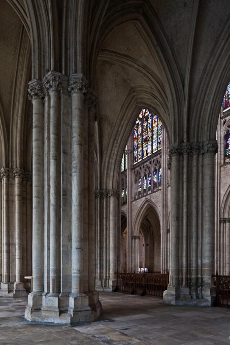 Side Aisle, Cathédrale Saint Pierre et Saint Paul, Troyes (Aube)  Photo by PJ McKey