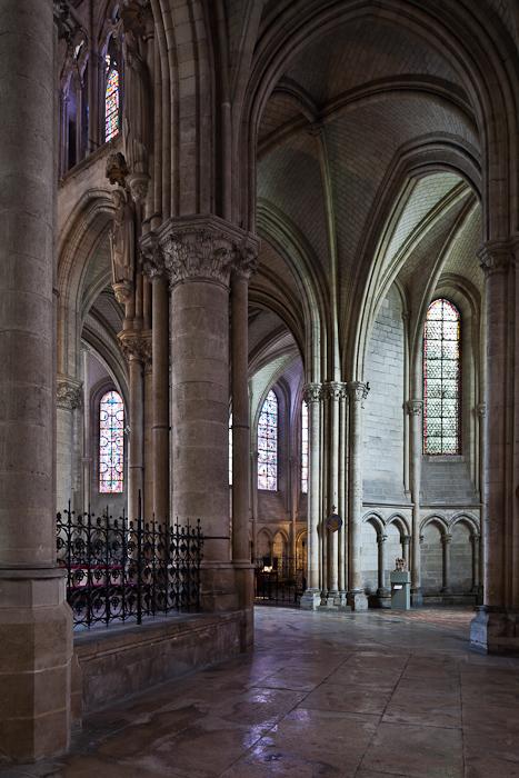 Ambulatory, Cathédrale Saint Pierre et Saint Paul, Troyes (Aube)  Photo by PJ McKey