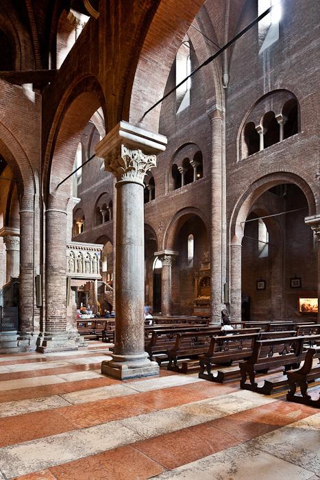 Cattedrale metropolitana di Santa Maria Assunta e San Geminiano, Modena (Emilia)  Photo by PJ McKey