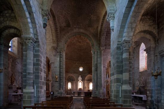 Nave, Église Saint Gilles, Chamalières-sur-Loire (Haute-Loire)  Photo by Dennis Aubrey