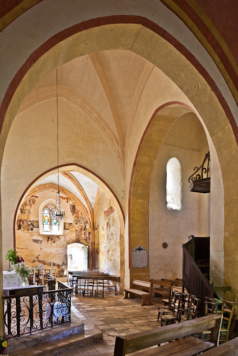 Église Saint-Martin de Besse, Besse (Dordogne)  Photo by PJ McKey