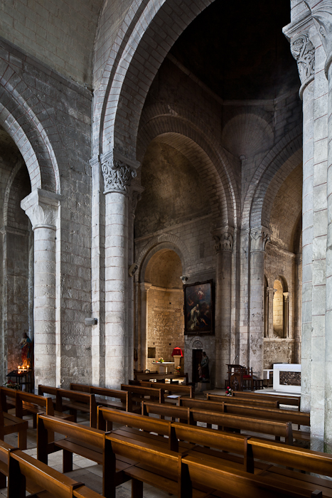 Nave and transept, Église Notre Dame, Chauvigny (Vienne)  Photo by PJ McKey