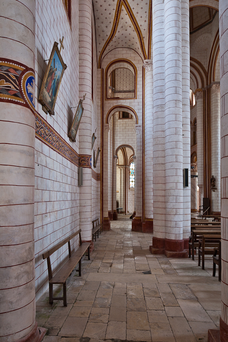 North side aisle, Collégiale Saint Pierre, Chauvigny (Vienne)  Photo by PJ McKey