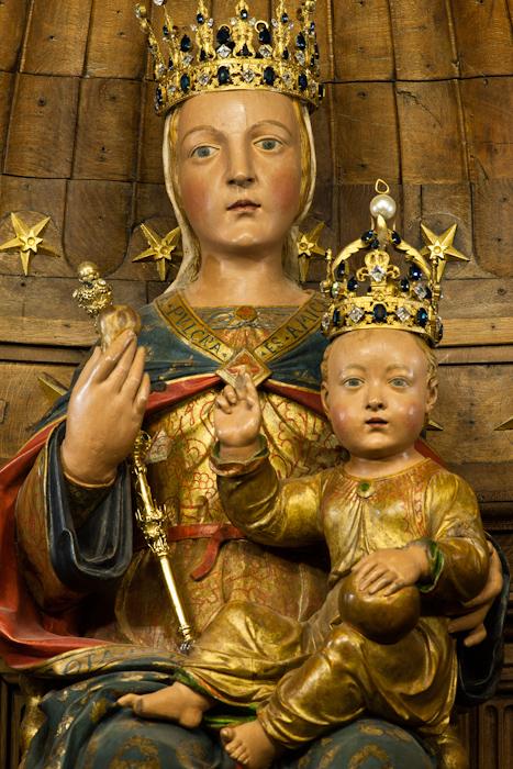 Post-restoration, Notre Dame du Pilier, Cathédrale Notre Dame du Chartres, Chartres (Eure-et-Loir)  Photo by Dennis Aubrey