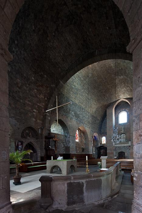 Nave from chapel, Église Saint-Georges, Saint-Paulien (Haute-Loire)  Photo by Dennis Aubrey