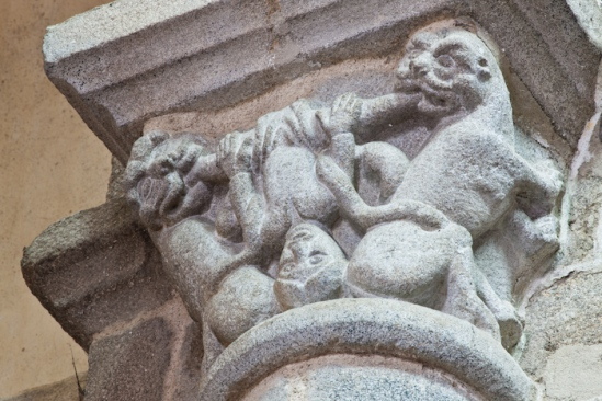 Beasts and snakes devouring a man, Collégiale Saint-Pierre-ès-Liens, Le Dorat (Haute-Vienne) Photo by Dennis Aubrey