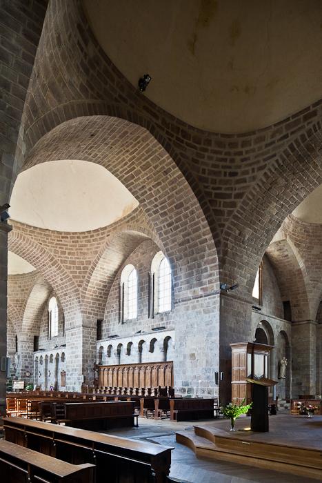 Transept crossing, Abbatiale Saint Pierre Saint Paul, Solignac (Haute-Vienne) Photo by PJ McKey