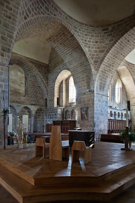 South transept through chancel crossing, Abbatiale Saint Pierre et Saint Paul, Solignac (Haute-Vienne) Photo by PJ McKey