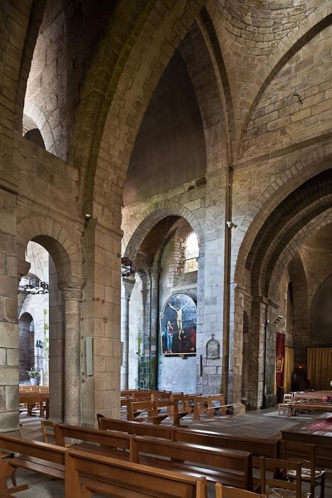 Transept, Collégiale de Saint-Léonard de Noblat, Saint-Léonard de Noblat (Haute-Vienne)  Photo by PJ McKey