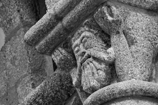 Atlante capital, Église Saint-Barthélémy de Bénévent-l'Abbaye, Bénévent-l'Abbaye (Creuse)  Photo by Dennis Aubrey