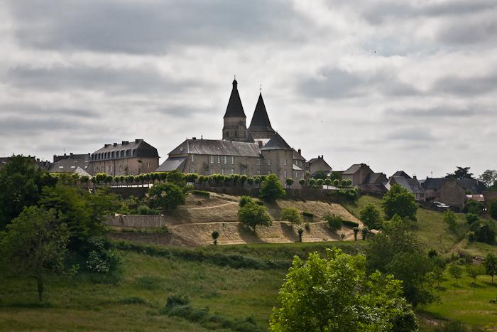 Église Saint-Barthélémy de Bénévent-l'Abbaye, Bénévent-l'Abbaye (Creuse) Photo by PJ McKey