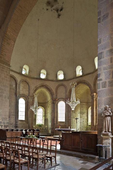 Apse, Abbaye Saint-Pierre du Vigeois, Vigeois (Corrèze)  Photo by PJ McKey