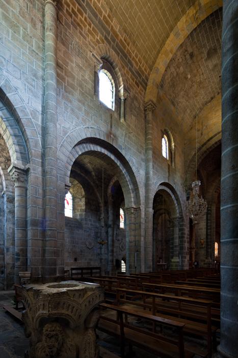 Nave elevation, Église Saint Gilles, Chamalières-sur-Loire (Haute-Loire)  Photo by Dennis Aubrey