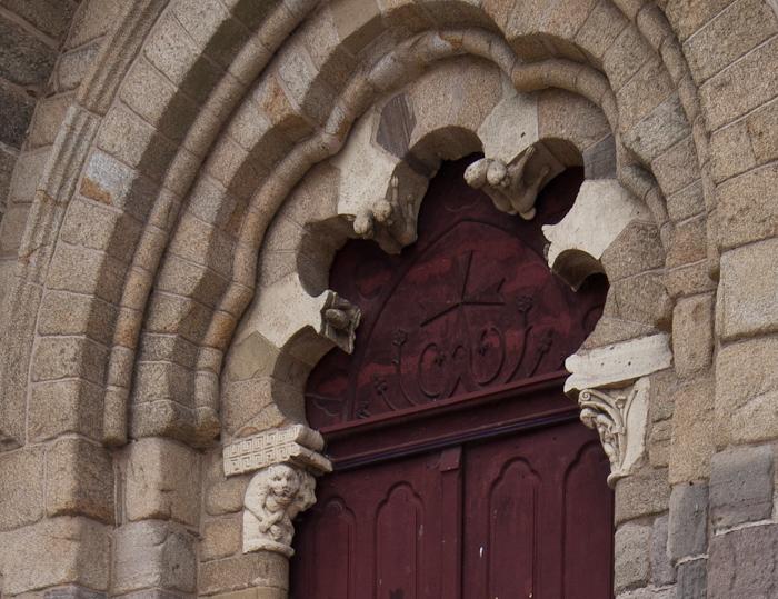 North portal, Abbaye Saint-Pierre du Vigeois, Vigeois (Corrèze) Photo by Dennis Aubrey