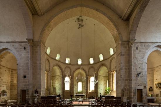 Apse, Abbaye Saint-Pierre du Vigeois, Vigeois (Corrèze) Photo by Dennis Aubrey