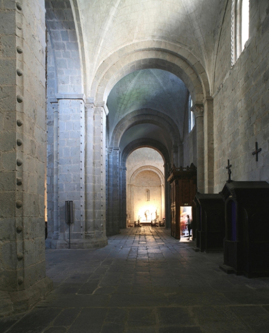 Side aisles, Catedral de Santa María de Urgel, Seu d'Urgell (Lleida)  Photo by Jong-Soung Kimm