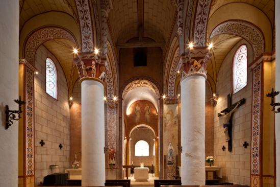 Nave, Église Saint Gervais et Saint Protais, Civaux (Vienne)  Photo by Dennis Aubrey