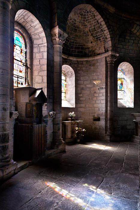 Ambulatory, Église Saint Gilles, Chamalières-sur-Loire (Haute-Loire)  Photo by PJ McKey