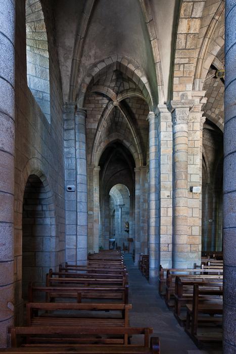 Side aisle, Église Saint Julien, Saint-Julien-Chapteuil (Haute-Loire)  Photo by PJ McKey